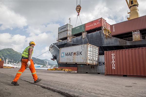 Express-Logistics-Seychelles- Sea-imports-exports - 3